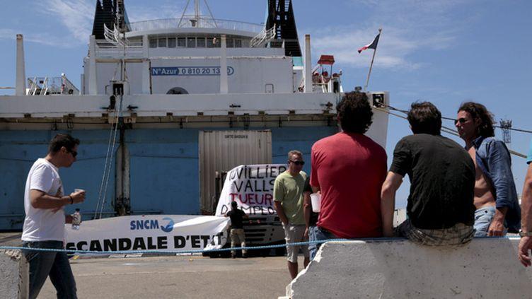 (Le mouvement de grève à la SNCM a été entamé le 24 juin à l'initiative de tous les syndicats, à  l'exception du Syndicat des travailleurs corses (STC) © Maxppp/ Nicolas Vallauri)
