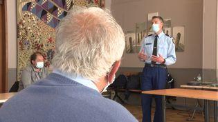 Face aux incivilités, les gendarmes forment les élus locaux. (CAPTURE D'ÉCRAN FRANCE 3)