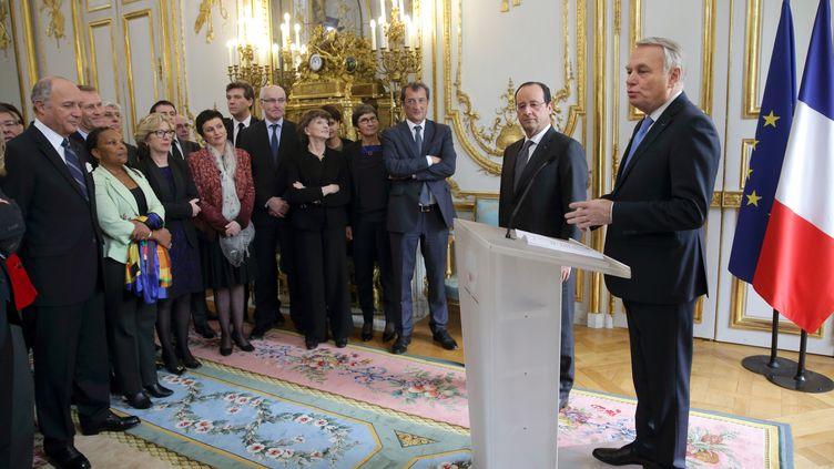 Lors de la cérémonie de présentation des vœux de François Hollande au gouvernement, le 3 janvier 2014, à l'Elysée. (PHILIPPE WOJAZER / POOL)