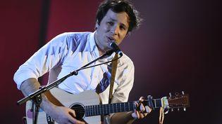 Le chanteur Vianney est l'invité de Philippe Vandel (BERTRAND GUAY / AFP)