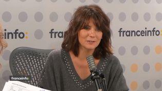 """Estelle Denis, présente """"Estelle Midi"""" sur RMC Story. (CAPTURE D'ÉCRAN FRANCEINFO)"""