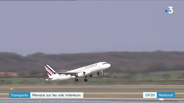 Transports : bientôt la fin des vols intérieurs en France ?