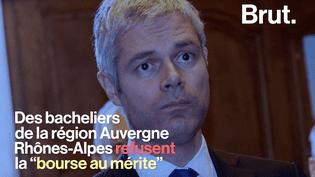 Des lycéens refusent la bourse au mérite de Laurent Wauquiez. (Brut)