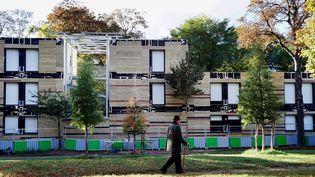 Le centre d'hébergement pour sans-abri dans le 16ème arrondissement de Paris (THOMAS SAMSON / AFP)