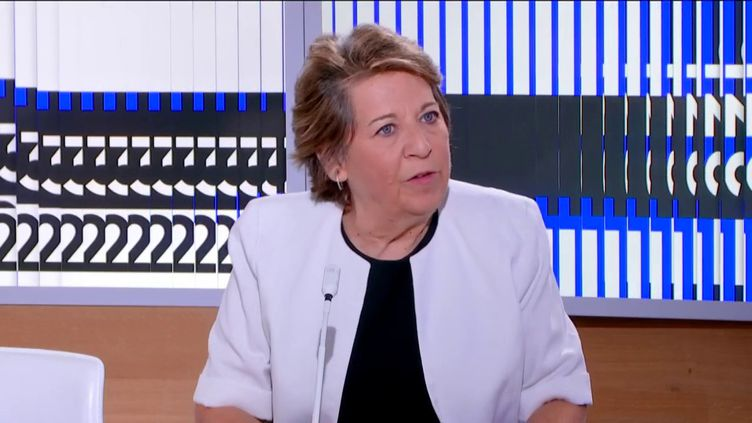 Corinne Lepage (FRANCEINFO)
