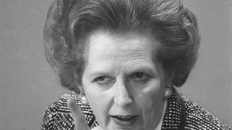Margaret Thatcher, alors Première ministre, lors d'une conférence de presse à Londres (Royaume-Uni), le 8 juin 1987. ( REUTERS)