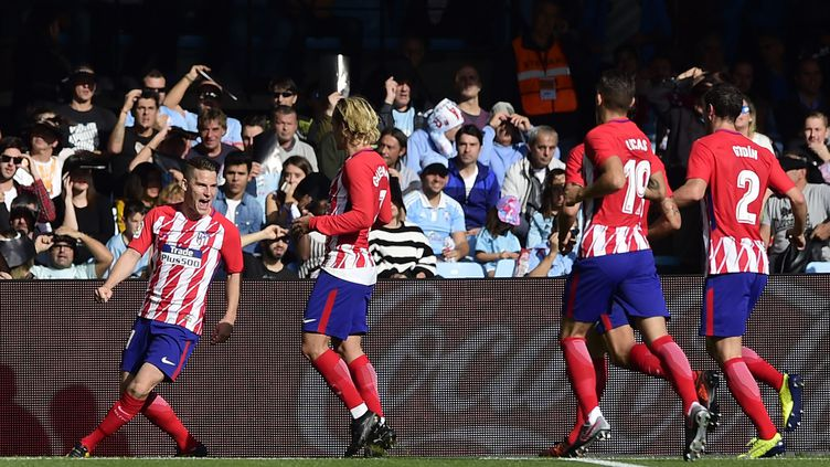 La joie de Gameiro et des joueurs de l'Atletico (MIGUEL RIOPA / AFP)