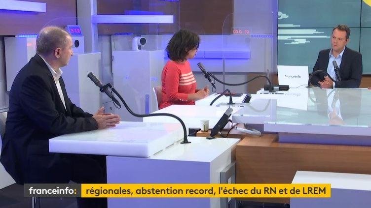 Pascal Jalabert, Neila Latrous et Marc Fauvelle à franceinfo le 28 juin 2021 (FRANCEINFO / RADIO FRANCE)