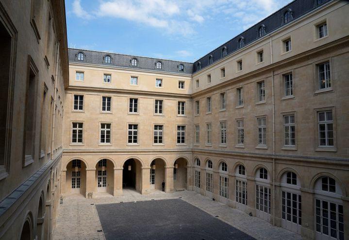 La cour d'honneur de l'Hôtel de la Marine à Paris (10 juin 2021). (FRANCOIS MORI / POOL)