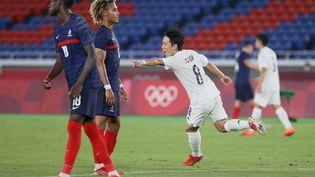 La France s'est lourdement inclinée face au Japon mercredi lors du tournoi olympique de Tokyo. (MARIKO ISHIZUKA / AFP)