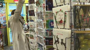 Traditionnelles ou personnalisées, 72 millions de cartes de vœux sont envoyées chaque année. (CAPTURE D'ÉCRAN FRANCE 3)