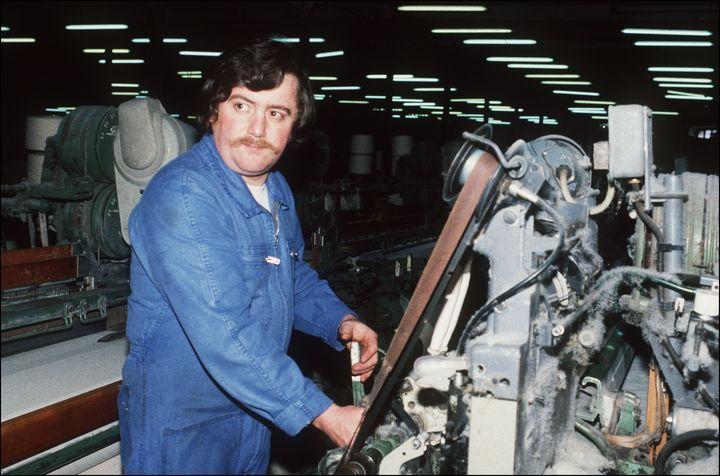 """Bernard Laroche, en février 1985 après sa libération, """"faute de charges suffisantes"""", après trois mois de détention provisoire. (ERIC FEFERBERG / AFP)"""
