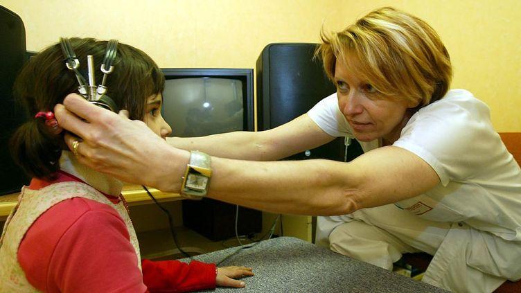 (Un jeune sur cinq souffre de problèmes d'audition selon une enquête publiée pour la journée nationale de l'audition © MaxPPP)