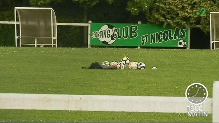 Foudre sur un entraînement de football (France 2)