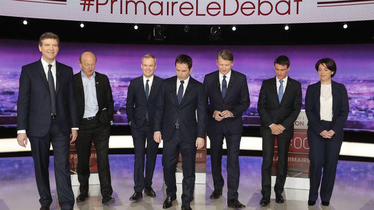 Arnaud Montebourg,Jean-Luc Bennahmias, Francois de Rugy, Benoît Hamon, Vincent Peillon, Manuel Valls et Sylvia Pinel, jeudi 12 janvier. (PHILIPPE WOJAZER / POOL)