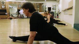 Une octogénaire prend des cours de danse classique (CAPTURE ECRAN FRANCE 2)