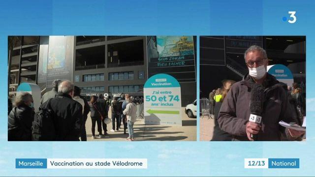 Vaccins contre le Covid-19: le stade Vélodrome de Marseille accueille ses premiers patients
