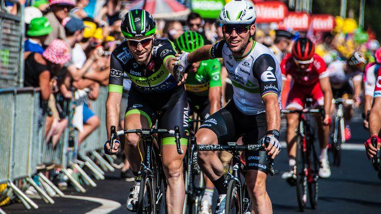 Dan McLay et Mark Cavendish, après l'arrivée. (PICASA)