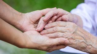 Euthanasie : le cas difficile des maladies neurodégénératives (© Fotolia)