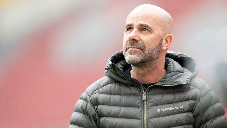 Peter Bosz, le nouvel entraîneur de l'OL, lors d'un match entre le Bayer Leverkusen et l'Arminia Bielefeld, e 14 mars 2021. (THORSTEN WAGNER / AUGENKLICK/FIRO SPORTPHOTO)