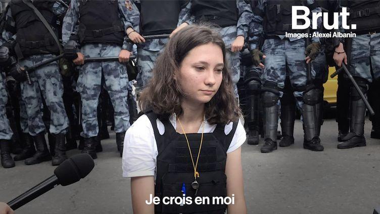 VIDEO. Olga Misik, le symbole du mouvement pro-démocratie en Russie (BRUT)