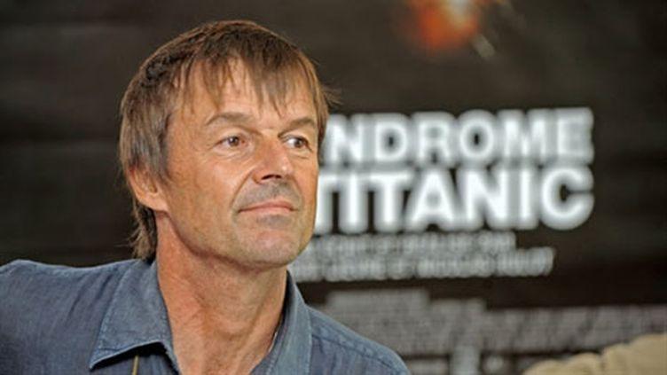 """Nicolas Hulot présentant son film, """"Le syndrome Titanic"""", le 3 septembre 2009 (AFP/JEAN-PIERRE MULLER)"""