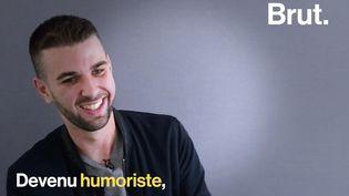 """VIDEO. """"Le bégaiement a vraiment été ma force"""" : rencontre avec l'humoriste Valentin Reinehr (BRUT)"""