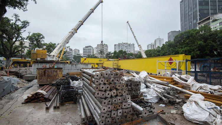 Parmi les travaux dans Rio, ceux consacré au métro vont changer le visage de la ville (CHRISTOPHE SIMON / AFP)
