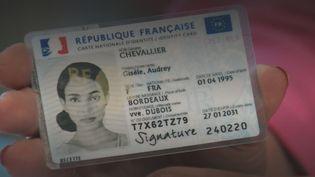 carte d'identité (FRANCEINFO)