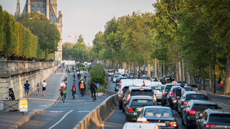 Un embouteillage à Paris le 16 septembre 2020