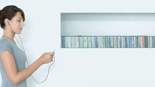 Pour la première fois les ventes de musique numériques mondiales égalent les ventes physiques  (Matthieu Spohn / AltoPress / PhotoAlto / AFP)