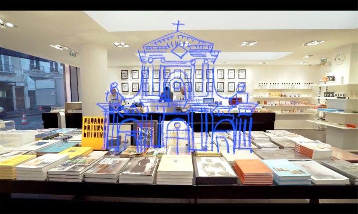 La librairie au rdc du concept-store colette. 2017 (HUGUES LAWSON-BODY)
