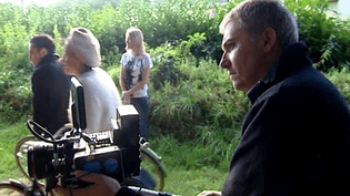 Thomas Guillou pendant le tournage de Shelburn  (France3/culturebox)