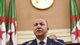 Aymen Ben Abdelrahmane alors ministre des Finances lors d'uneséance du Sénat à Alger le 28 décembre 2020. (RYAD KRAMDI / AFP)