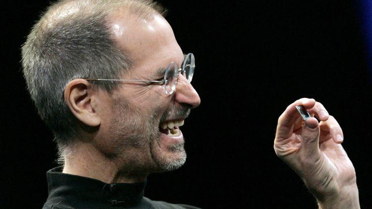 Le cofondateur d'Apple, Steve Jobs, lors d'une présentation Apple à San Francisco, 15 janvier 2008. (ROBERT GALBRAITH / REUTERS)