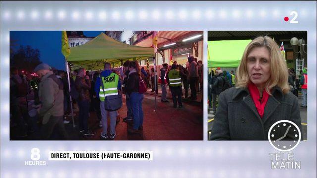 Grève à la SNCF : à Toulouse, les cheminots tentent de faire de la pédagogie