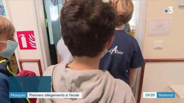 Port du masque : certains écoliers vont pourvoir le retirer