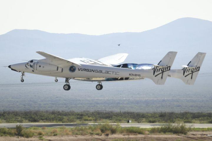 Le Virgin Galactic SpaceShipTwo, le 11 juillet 2021 au Nouveau-Mexique (Etats-Unis). (PATRICK T. FALLON / AFP)
