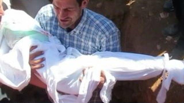Migrants : le père d'Aylan a enterré sa famille en Syrie