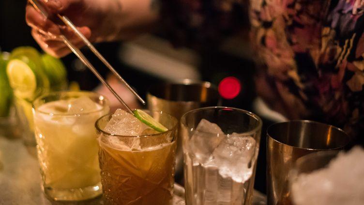 La France recommande de ne pas dépasser les dixverres d'alcool par semaine (illustration). (MAXPPP)