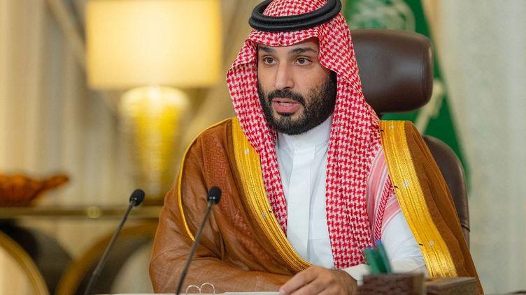 Le prince héritier saoudien Mohammed ben Salmane, le 23 octobre 2021 à Ryad. (BANDAR AL-JALOUD / SAUDI ROYAL PALACE / AFP)