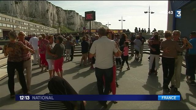 Guinguette : danser sur la plage du Tréport