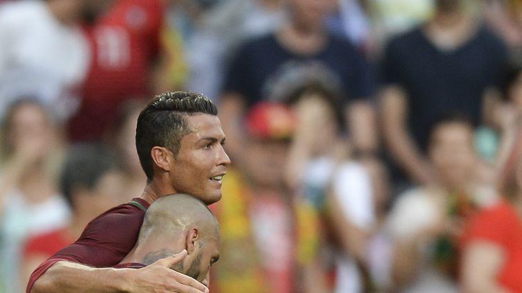 Cristiano Ronaldo et Quaresma, les deux fers de lance de la Seleççao, heureux (PATRICIA DE MELO MOREIRA / AFP)