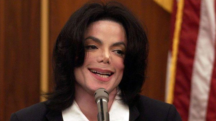Michael Jackson en décembre 2002.  (Jim Rayman/ AP /SIPA)