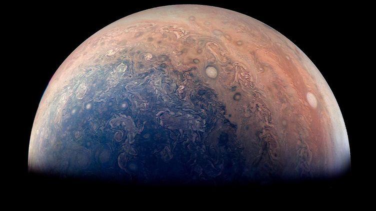 La Nasa a publié le 5 mai 2017 cette image de la planète Jupiter. (NASA / JPL-CALTECH / SWRI / MSSS / GABRIEL FISET)
