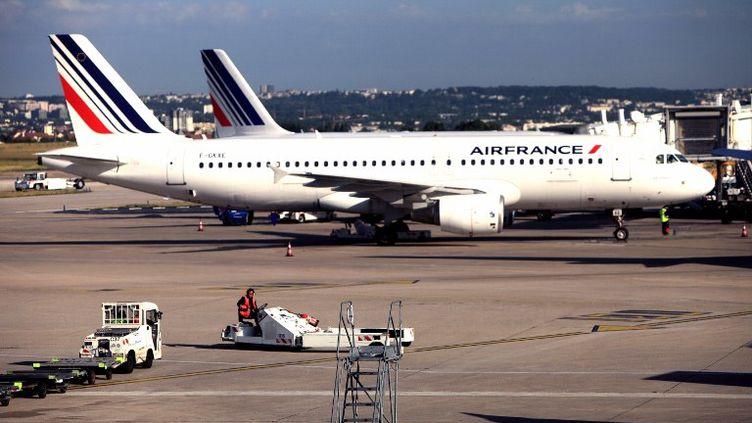 Un A320 d'Air France à Orly (Val-de-Marne), le 27 février 2012. (STEPHANE FRANCES / ONLY FRANCE / AFP)