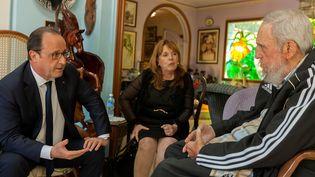 François Hollande a rencontré Fidel Castro, lundi 11 mai 2015, à La Havane (Cuba). (ALEX CASTRO / CUBA DEBATE / AFP)
