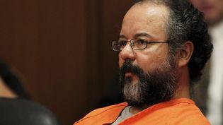 Ariel Castro au tribunal, lors de sa condamnation à la prison à vie pour avoir séquestré et violé pendant 10 ans trois femmes, le 1er aout 2013 à Cleveland (Etats-Unis). (AARON JOSEFCZYK / REUTERS)