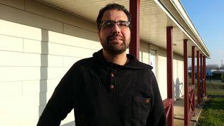 Kamel Daoudi, assigné à résidence depuis 2008, notamment à Saint-Jean-d'Angély en Charente-Maritime. (MARIE-LAURENCE DALLE / RADIOFRANCE)