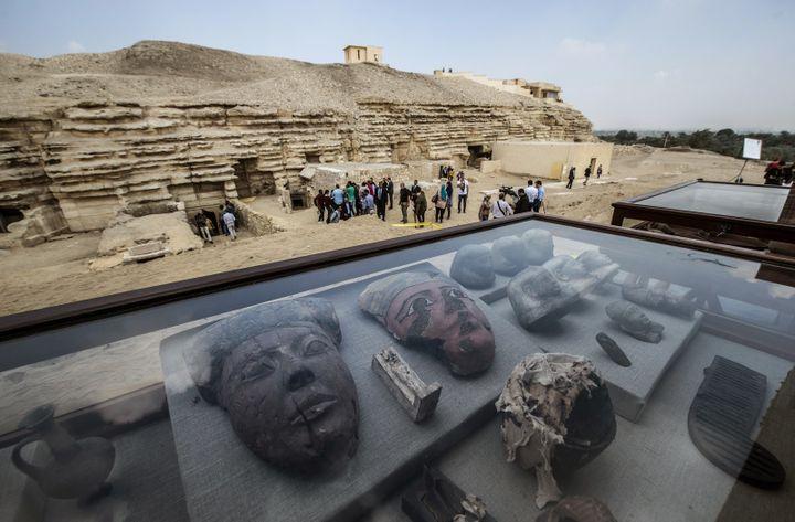 Le site de Saqqara où ont eu lieu les découvertes de tombes.  (KHALED DESOUKI / AFP)